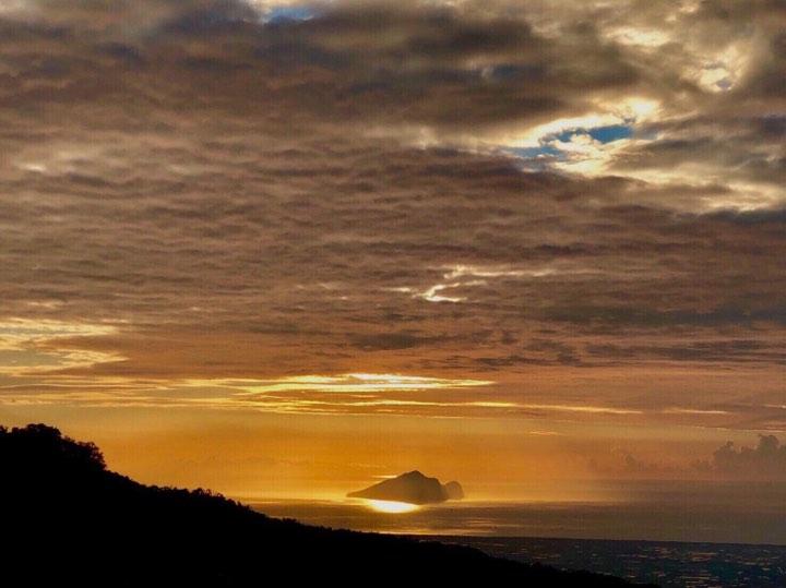 Sunrise Turtle Island